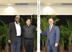 Al-Hamdulillaah on Wed. Sept. 11th, 2019, the Miami Learning Experience held a Peace Pole Ceremony with teachers, students and politicians. Blessings and greetings were given by Rabbi Abraham, Rev. Warren and Shaikh Shafayat. The event was coordinated by Kevin Grace, the Executive Director.